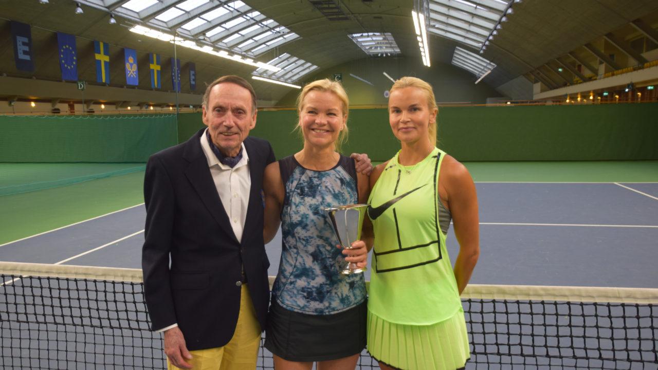 Historisk aterkomst i kungliga tennishallen